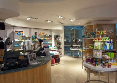 World Center Marriott - Retail Shop